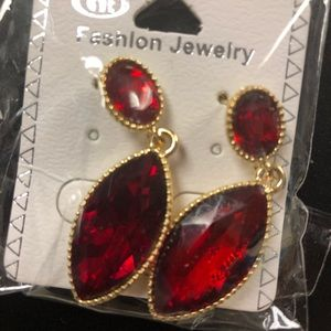 NWT Simulated Gold and Ruby Drop Earrings